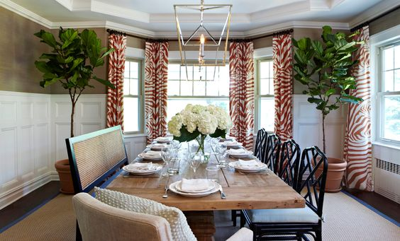rustic Dutch colonial dining room