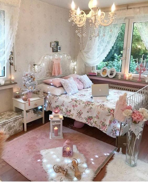 dreamy shabby chic bedroom