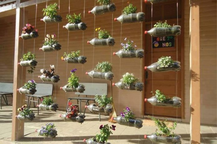 vertical outdoor ideas for small spaces