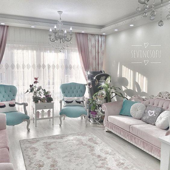lovely soft palette for shabby chic living room decor