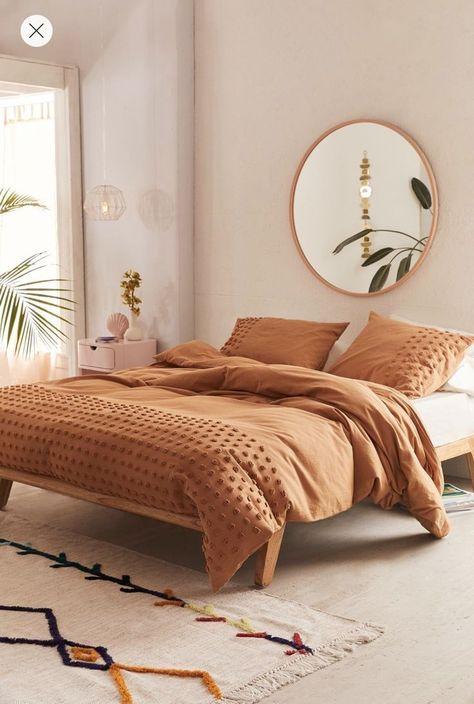 Relaxing Scandinavian bedroom