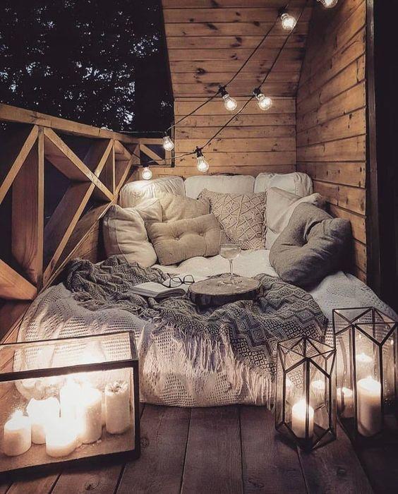 cozy balcony reading nook ideas
