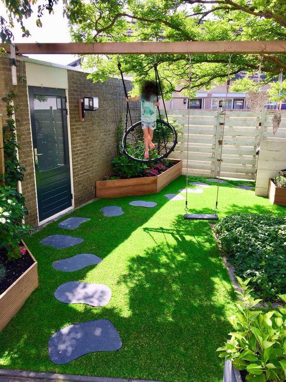 cozy minimalist garden