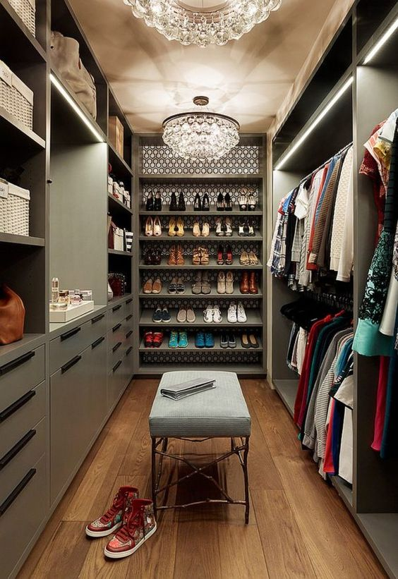 eclectic walk-in wardrobe idea to decorate your eclectic bedroom
