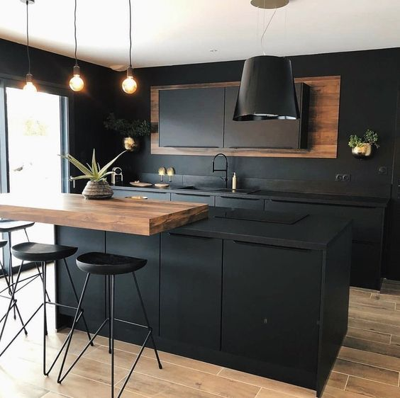Gorgeous black kitchen