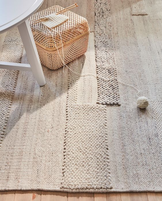 neutral rug to decorate any living space