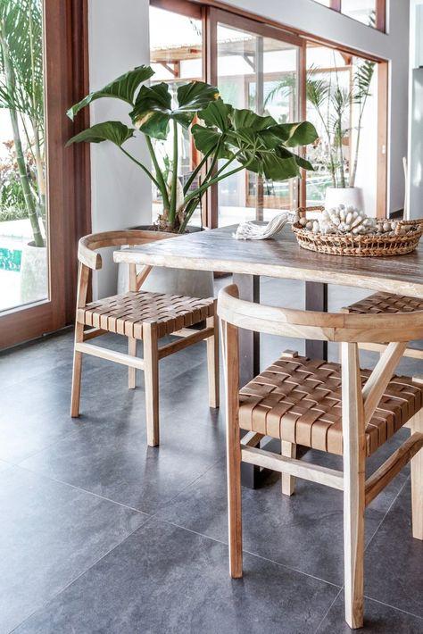 relaxing Scandinavian dining room design