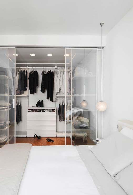 Spacious studio apartment with walk-in wardrobe