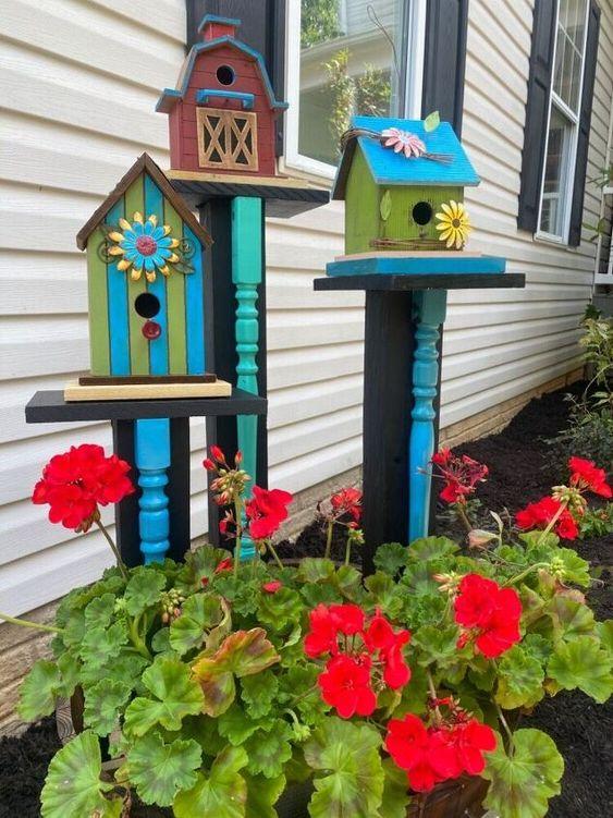 barrel planter idea for a beautiful front yard