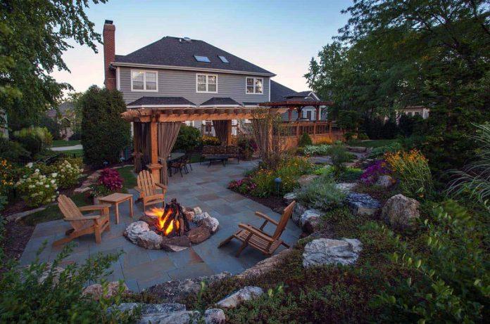 10 gorgeous backyard decorating ideas