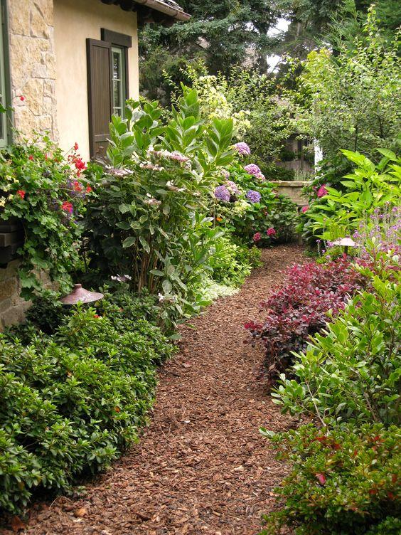 mulch path idea