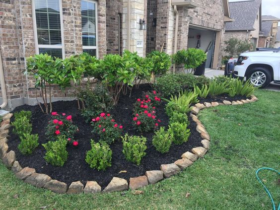small flower bed for front yard