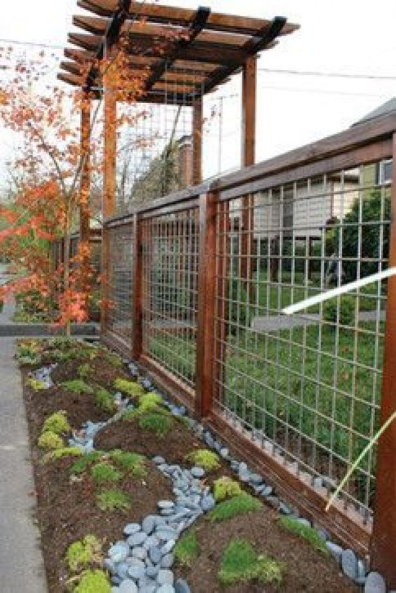 wood and wire fence for aesthetic home