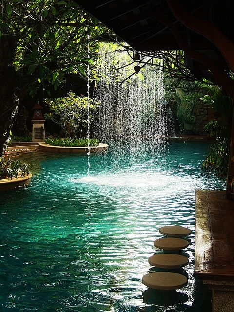 tropical-waterfall-landscaping-ideas