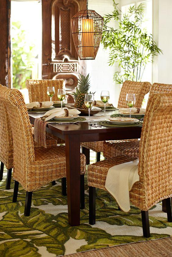 cozy tropical dining room design