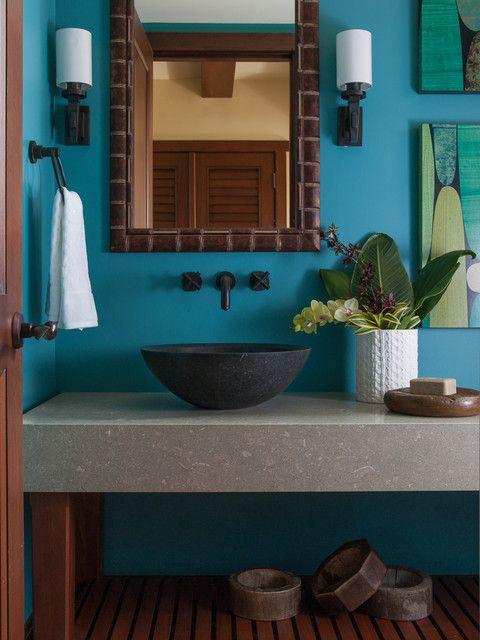 classic tropical bathroom decor