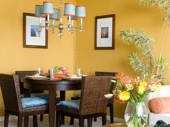 fresh tropical dining room design