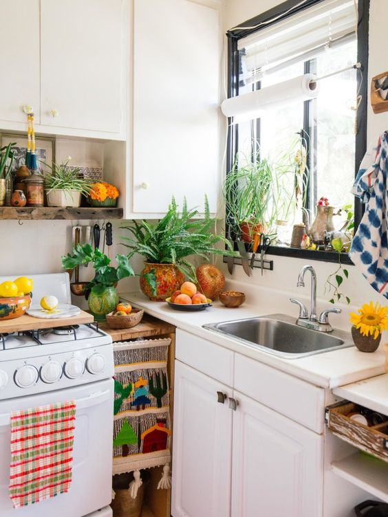 relaxing small tropical kitchen design