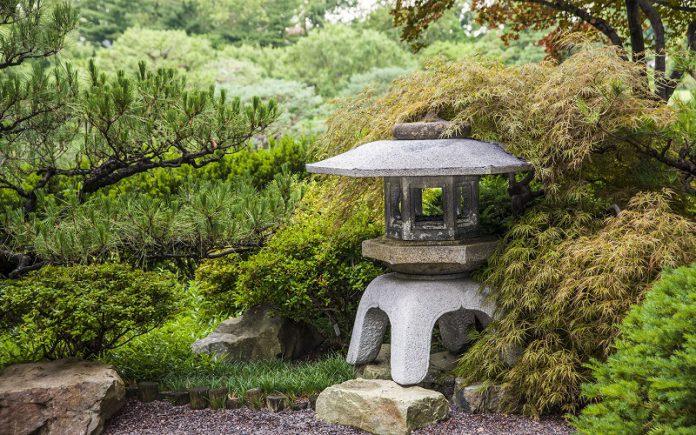 Japanese garden essentials