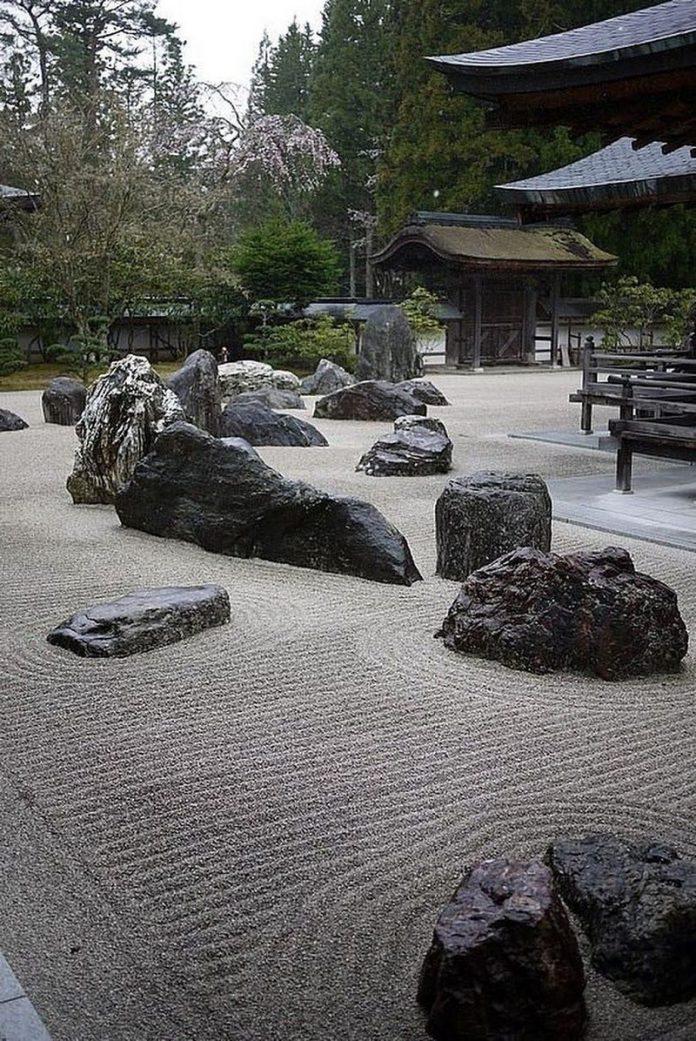 Relaxing Japanese rock garden landscaping ideas