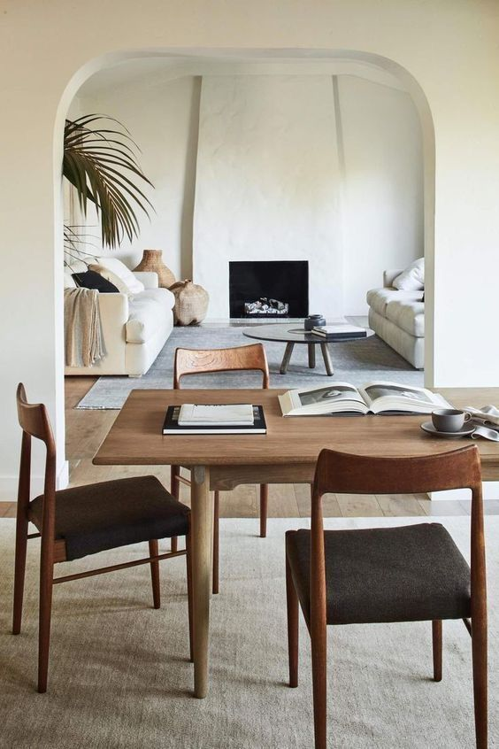 simplicity in Japandi dining room decor idea
